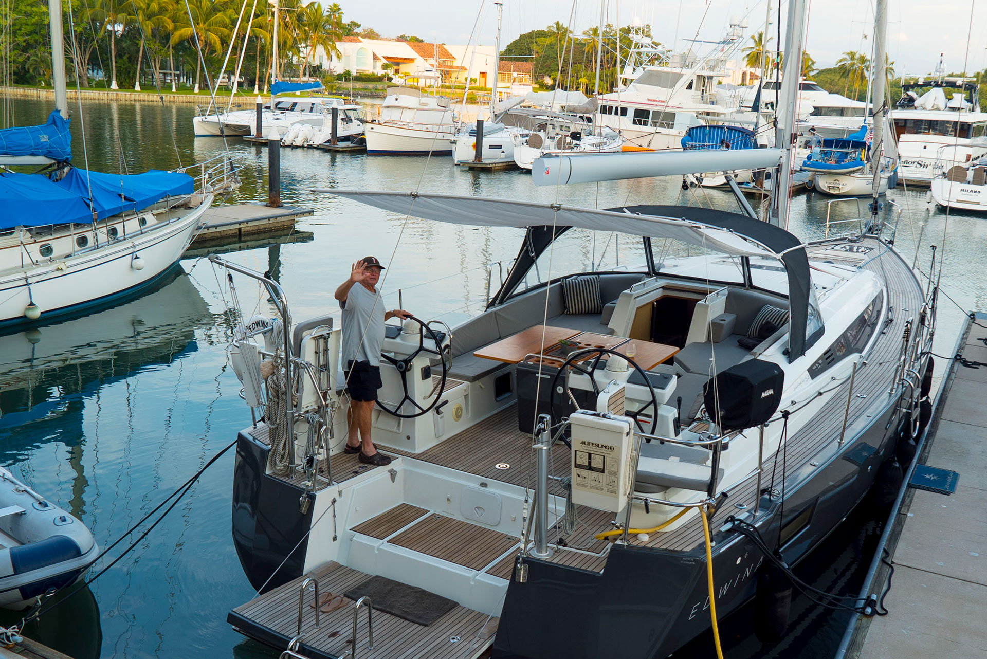 54ft.-Jeanneau-sailing-yacht13-at-Dock