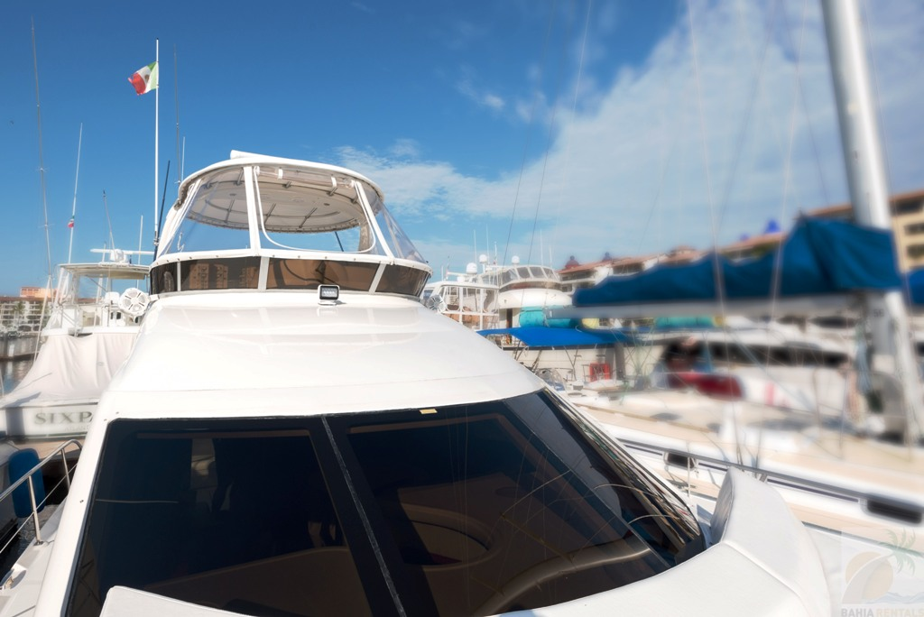 44 ft. Sea Ray – Luxury Power Yacht - Front deck
