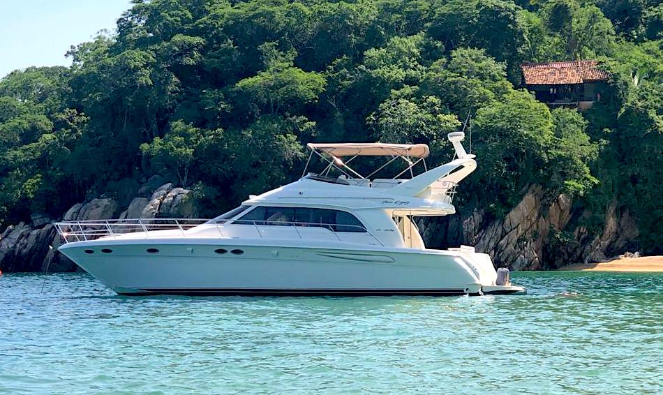 50 ft. Sea Ray – Luxury Power Yacht - Sea Ray 50 Anchorage
