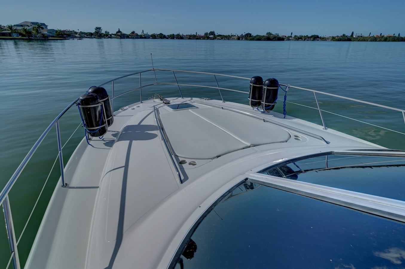 50 ft. Sea Ray – Luxury Power Yacht - Sun padded front deck