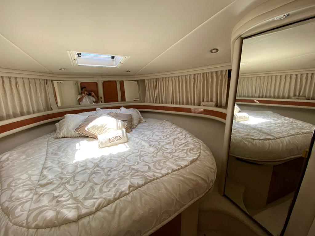 50 ft. Sea Ray – Luxury Power Yacht - V-berth Master stateroom