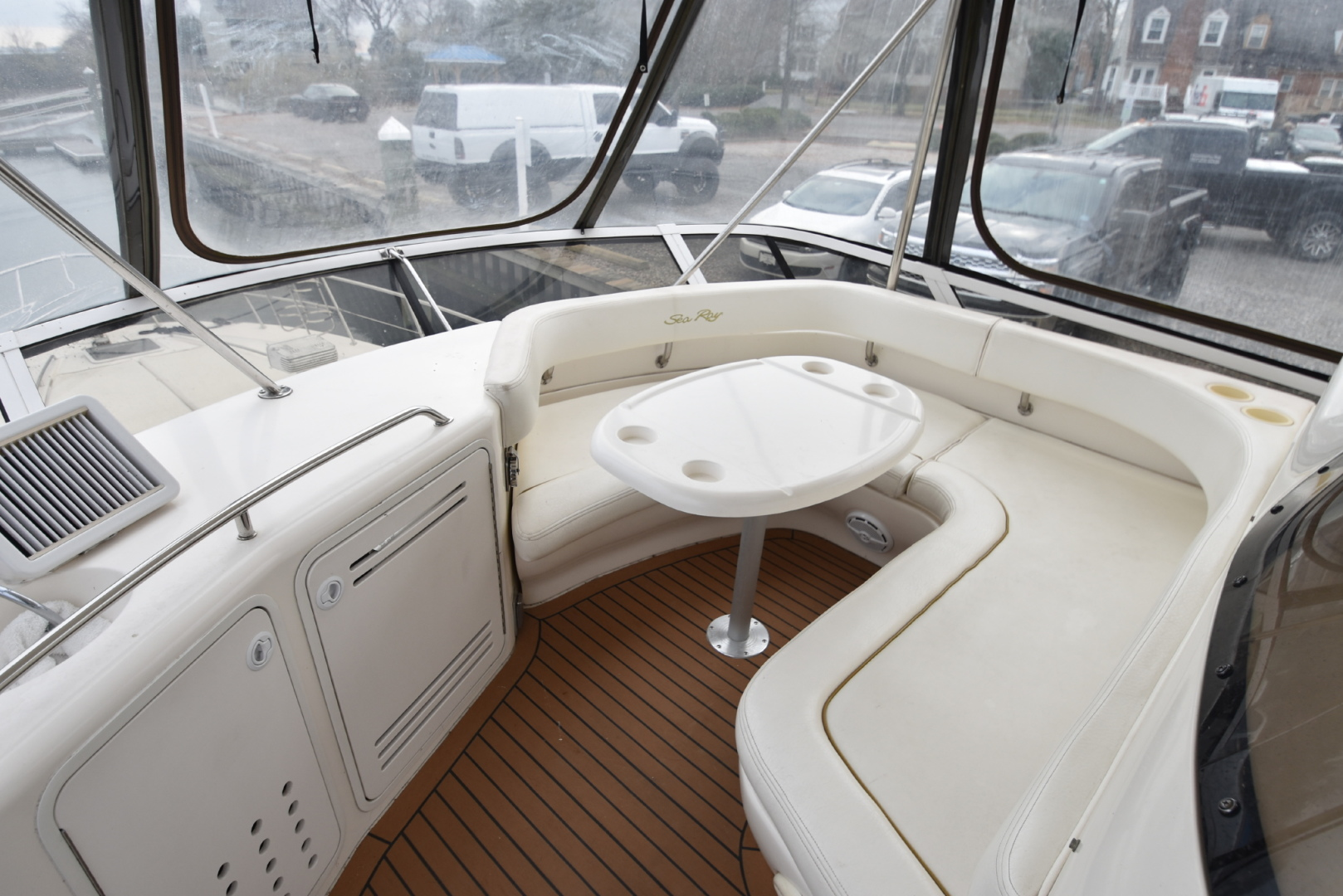 50 ft. Sea Ray – Luxury Power Yacht - front Bridge table - round seats