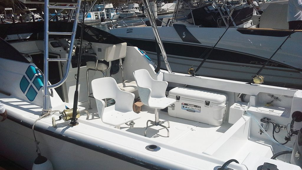 28-ft-Fishing-Speed-Boat-Seating