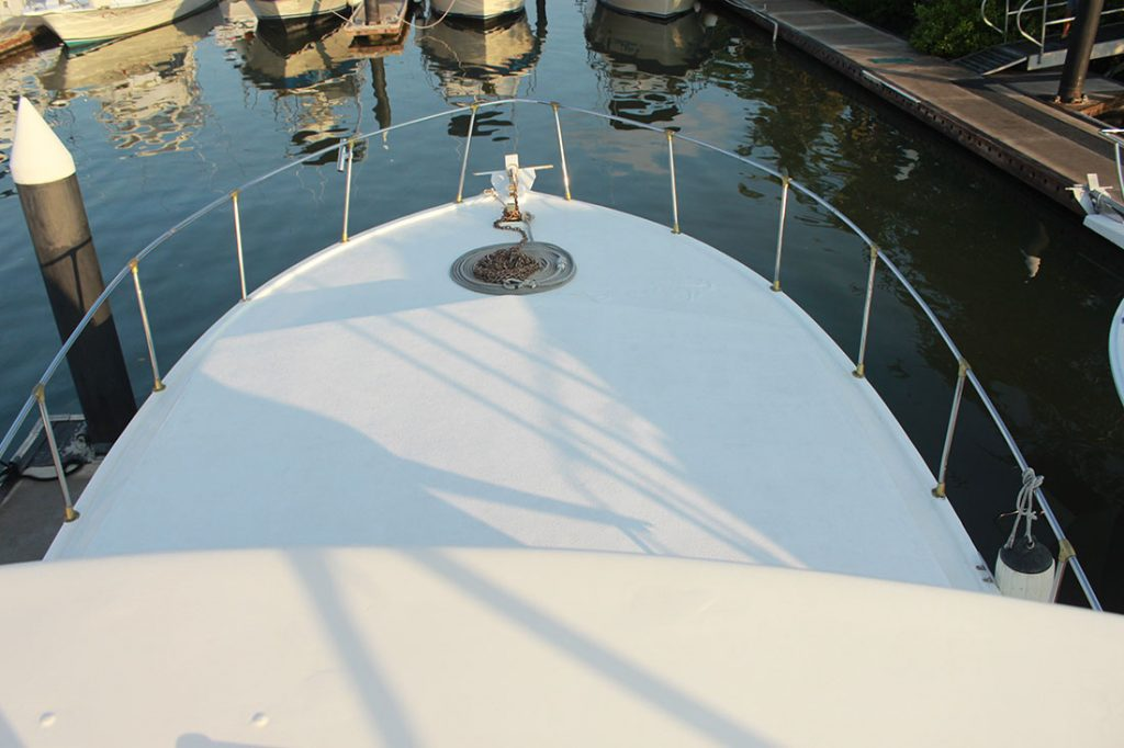 42-ft-convertible-fishing-boat2-bow