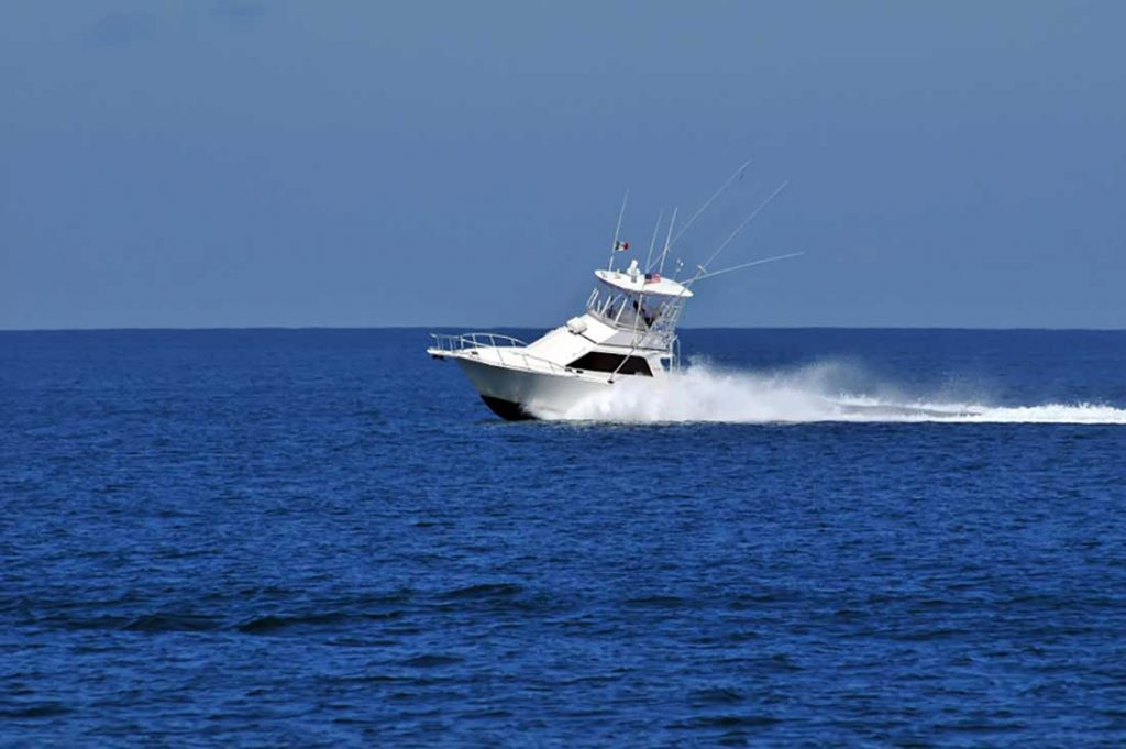 35-ft-Cabo-fishing-yacht-Impressive-Persecution