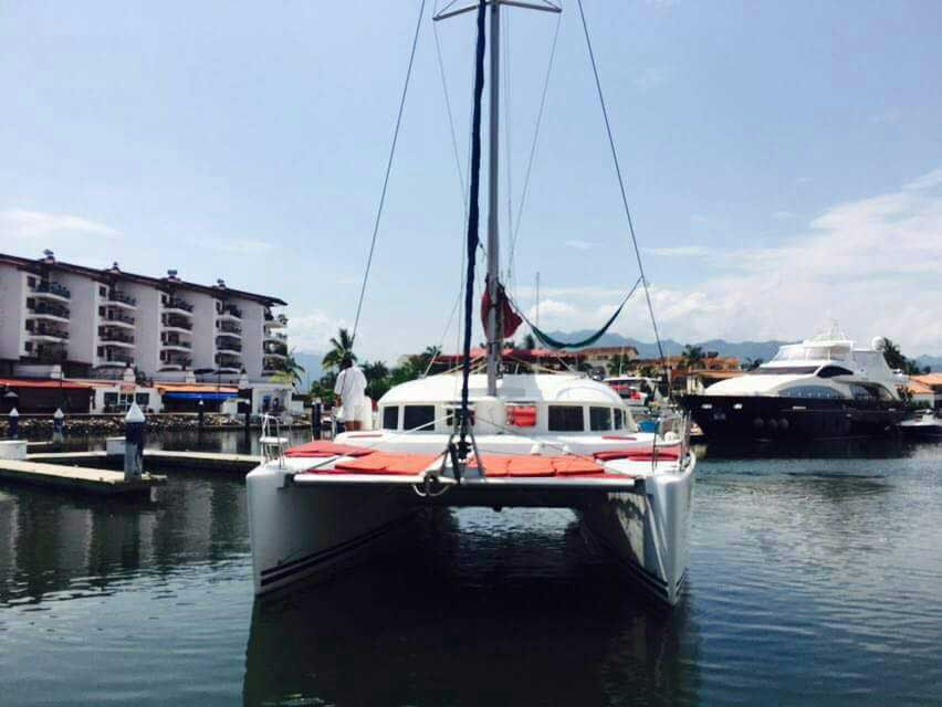 38-FT-Lagoon-Catamaran-Up-to-20-People-–-max.-8-to-Marieta-Islands-Front-view