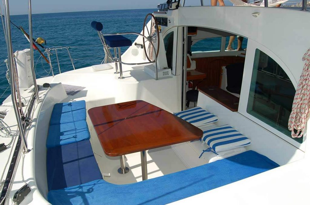 38-FT-Lagoon-Catamaran-Up-to-20-People-–-max.-8-to-Marieta-Islands-benched-seating-table