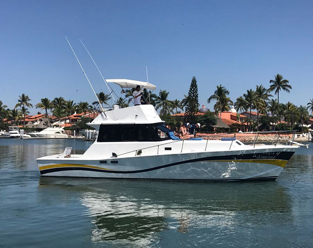 42-ft.-Convertible-Fishing-Boat-Up-to-12-People-3