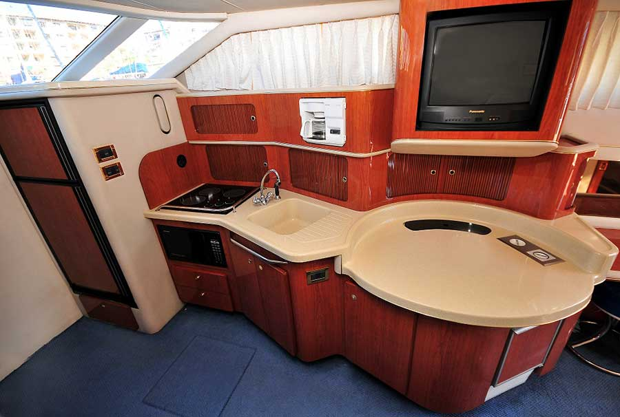 46-FT-Sea-Ray-Power-Yacht-Up-to-15-People-Galley