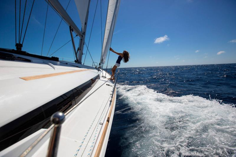 48-ft.-Sun-Odyssey-479-Luxury-Sailboat-Up-to-8-People-1