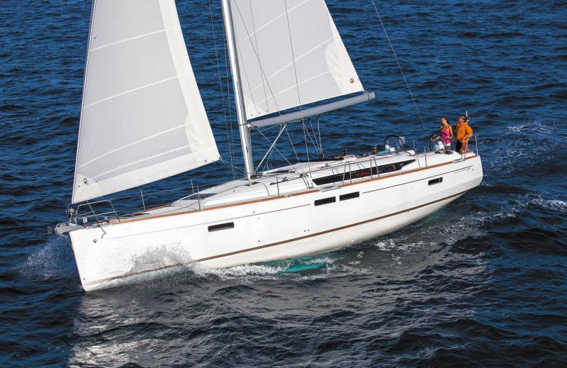 48-ft.-Sun-Odyssey-479-Luxury-Sailboat-Up-to-8-People14