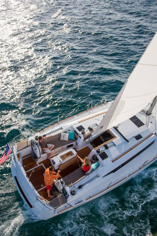 48-ft.-Sun-Odyssey-479-Luxury-Sailboat-Up-to-8-People23