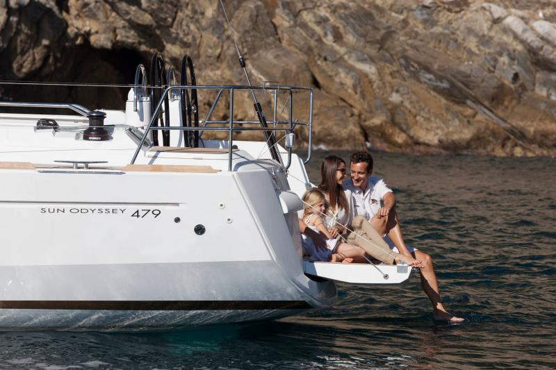 48-ft.-Sun-Odyssey-479-Luxury-Sailboat-Up-to-8-People3