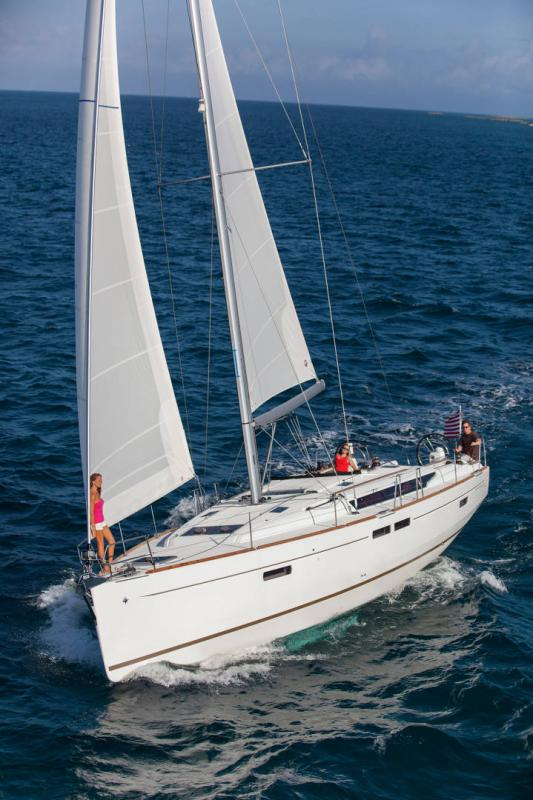 48-ft.-Sun-Odyssey-479-Luxury-Sailboat-Up-to-8-People6