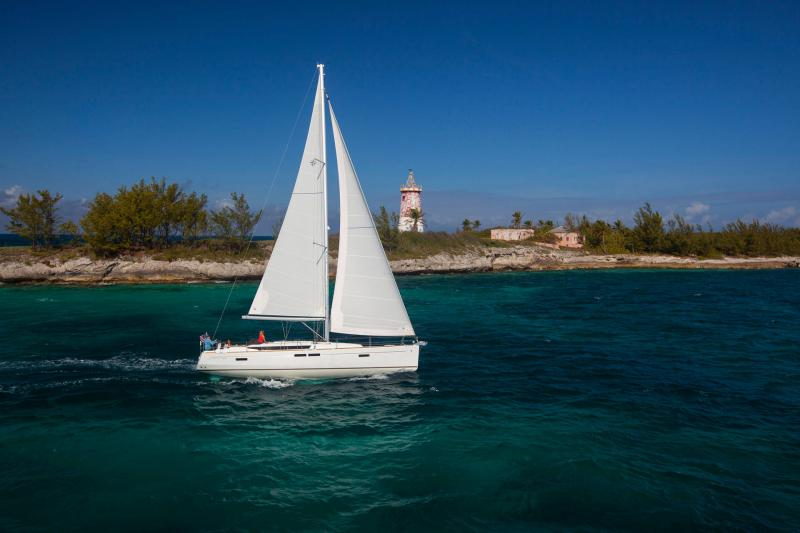 48-ft.-Sun-Odyssey-479-Luxury-Sailboat-Up-to-8-People9