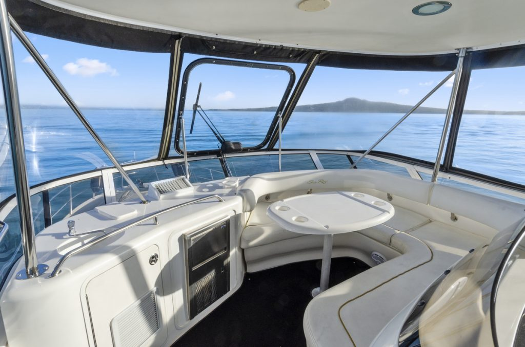 50-ft.-Sea-Ray-–-Luxury-Power-Yacht-Bridge-Seat-table-and-wetbar
