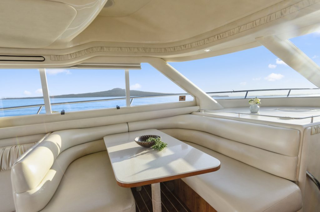 50-ft.-Sea-Ray-–-Luxury-Power-Yacht-Dinette-ocean-view
