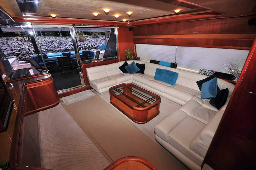 80-FT-Ferretti-Power-Yacht-Up-to-30-People-AC-Salon-Reception-with-Entertaintment-Center
