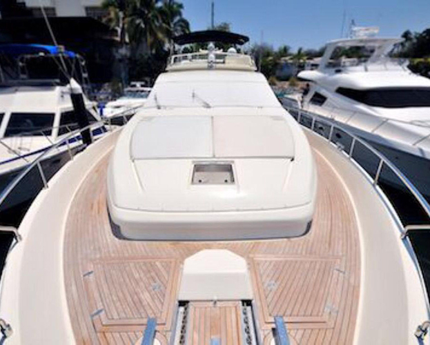 80-ft-Ferretti-Power-Yacht-Up-to-30-People-Includes-Waverunner-7