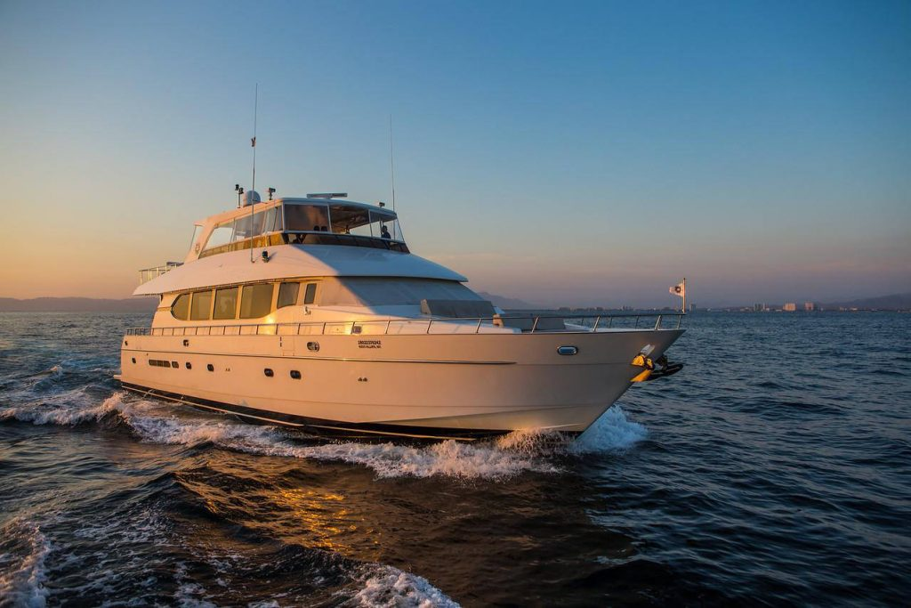 82-ft.-Monte-Fino-Power-Yacht-Up-to-35-People-cruising