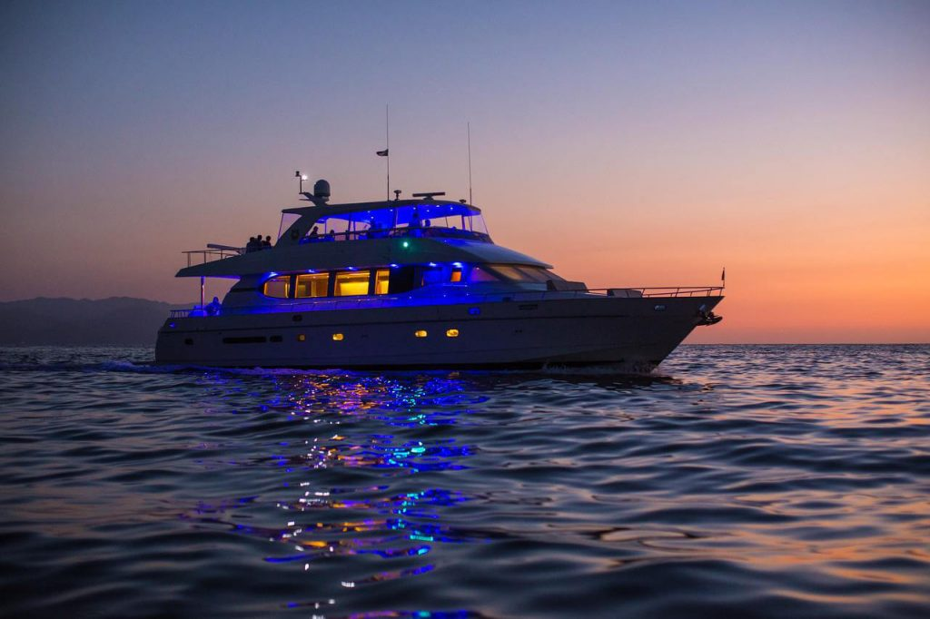 82-ft.-Monte-Fino-Power-Yacht-Up-to-35-People-night