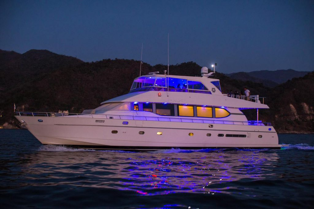 82-ft.-Monte-Fino-Power-Yacht-Up-to-35-People-side