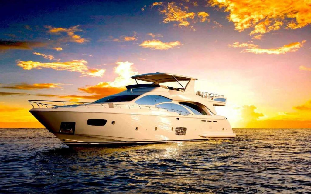 85-FT-Azimut-mod-2006-up-to-15-People