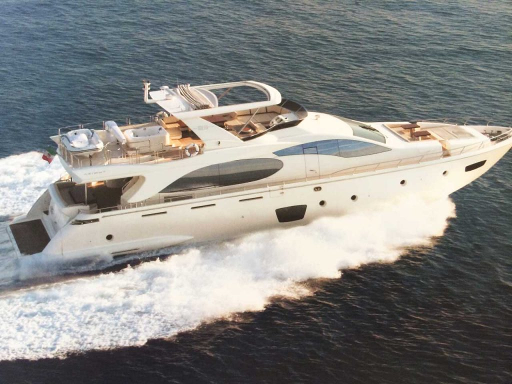 85-FT-Azimut-mod-2006-up-to-15-People2