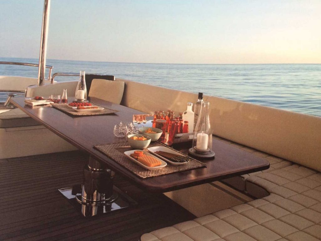 85-FT-Azimut-mod-2006-up-to-15-People5