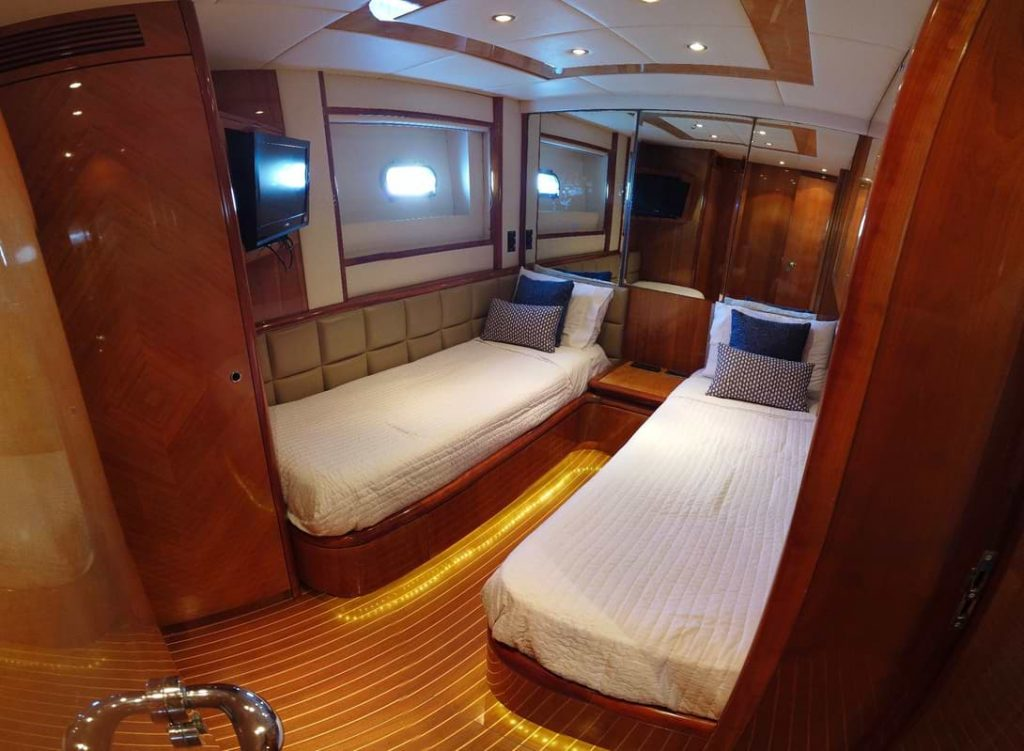 Azimut-70-Guest-Stateroom